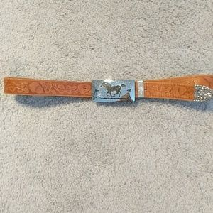 Leather belt with horse belt buckle